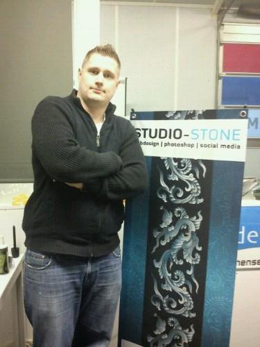 App geinstalleerd Studio Stone